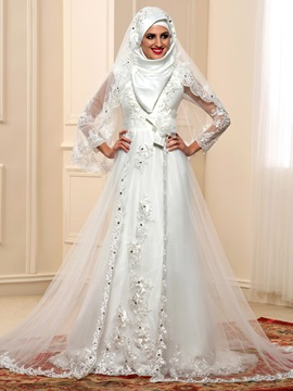 Elegant Beaded Lace Appliques Long Sleeve Tulle Arabic Muslim Wedding Dress & fashion Faster Shipping Sale