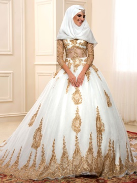 Illusion Bodice Lace Appliques A-Line Muslim Wedding Dress with Sleeves & fairytale Faster Shipping Sale