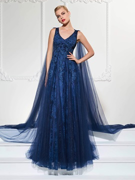 Elegant A-Line V-Neck Appliques Lace Watteau Train Evening Dress