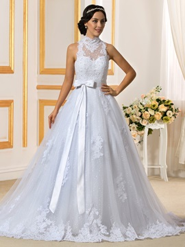 Beaded High Neck Buttons Zip-up White Lace Wedding Dress