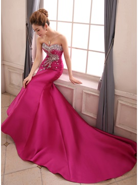 Graceful Sweetheart Beading Crystal Chapel Train Lace-up Mermaid Evening Dress