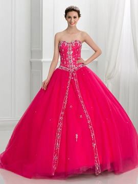 Dramatic Sweetheart Beading Tull Lace-Up Quinceanera Dress