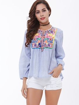 Chic Embroidery Loose-Fit Women's Shirt