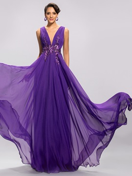 Delicate V-Neck Appliques Pleats A-Line Long Evening Dress Designed