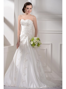 Satin Sweetheart Neckline with  Skirt and Chapel Train Custom Made Wedding Dress