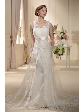 Awesome A-line V-Neck Straps Chapel Wedding Dress