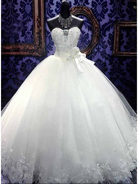 Beaded Sweetheart White Tulle Ball Gown Wedding Dress