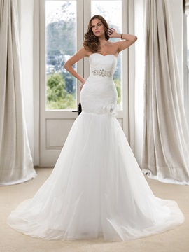 Eye-catching Beaded Sweetheart Ruched Trumpet Wedding Dress
