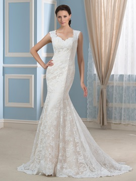 Square Neckline Trumpet/Mermaid Court Train Lace Wedding Dress