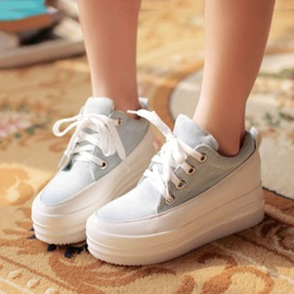 Canvas Round Toe Lace-Up Sneakers