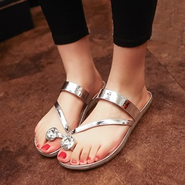 Metallic Ring-Toe Flat Sandals