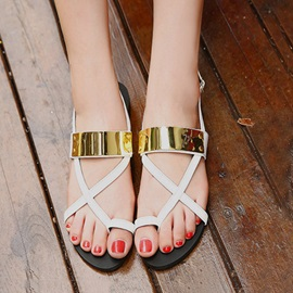 Metallic Ring-Toe Buckles Flat Sandals