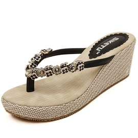 Four-leaf Clover with Rhinestone Thong Wedge Sandals
