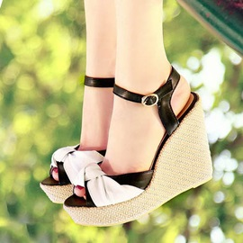 Bowknots Peep-Toe Wedge Sandals