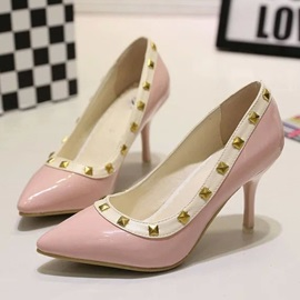 Rivets Pointed Toe Classic Pumps
