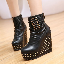 Rivets Round Toe PU Wedge Boots