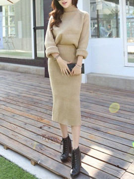 Solid Color High-Neck Sweater & Slit Skirt Two-Piece Outfit