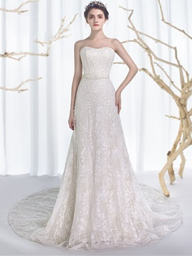 Sweetheart -Up Lace A-Line Court Train Wedding Dress