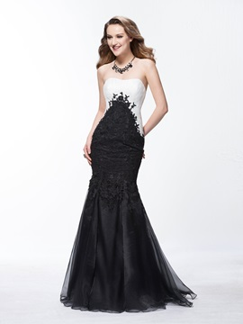 Charming Mermaid Appliques Strapless Zipper-Up Floor-Length Evening Dress
