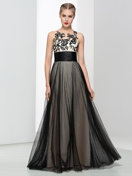 Straps A-Line Black Tulle Embroidery Long Black Evening Dress