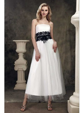 Amazing A-line Strapless Tea-length Lace Trimmed Dasha's Wedding Dress