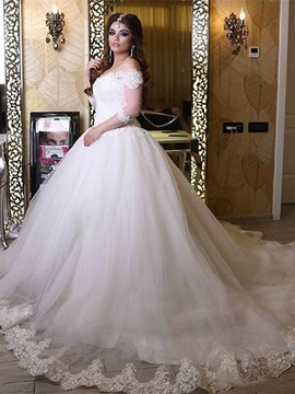 Charming Off The Shoulder Appliques Lace Ball Gown Wedding Dress