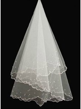Luxurious Pearls Wedding Veil