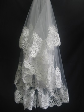 Gorgeous Tidebuy Fingertip with Lace Applique Edge Wedding Bridal Veil