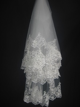 Faddish Elbow with Lace Flowery Edge Wedding Bridal Veil