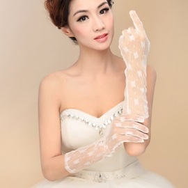Elegant Ivory Lace Wedding Gloves