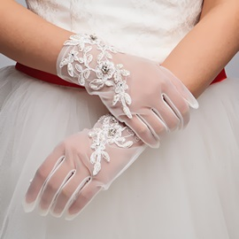 Beaded Lace Appliques White Tulle Wedding Gloves