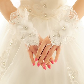 Floral Lace Ivory Finger-less Wedding Gloves