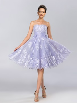 Simple Strapless Lace Bowknot Knee-Length Cocktail Dress Designed & elegant Cocktail Dresses