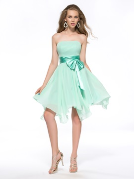Pure Sashes Bowknot Strapless Chiffon Knee-Length Homecoming Dress & amazing Homecoming Dresses