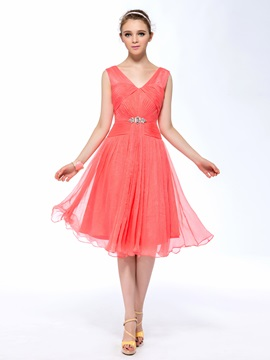 Trendy A-Line V-Neck Sleeveless Ruched Crystal Knee-Length Homecoming Dress & affordable Homecoming Dresses