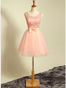 Loveable Scoop Neckline A-Line Bowknot Lace Short Homecoming Dress & Homecoming Dresses for less