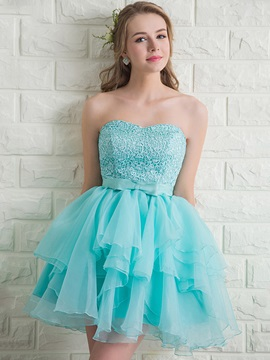 Sweetheart A-Line Tiered Lace Bowknot Homecoming Dress & discount Homecoming Dresses