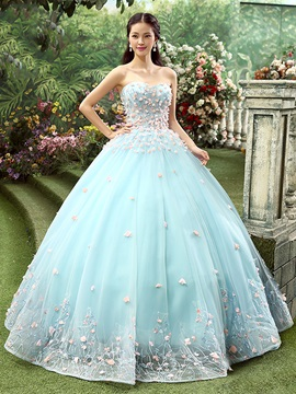 Dramatic Sweetheart Flowers Beaded Ball Gown Quinceanera Dress