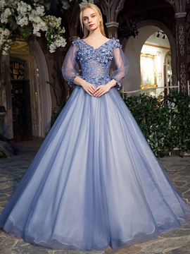 Fancy V-Neck Ball Gown Lace Pearls Floor-Length Quinceanera Dress