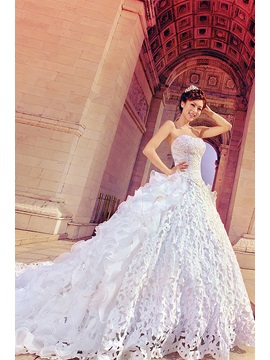 Attractive Strapless Beaded Sweetheart Hollow Floral A-Line Wedding Dress