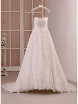 Eye-catching Strapless Sweetheart A-Line Lace Wedding Dress