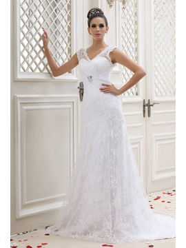 Vintage V-neck Court Lace Button Taline's Wedding Dress