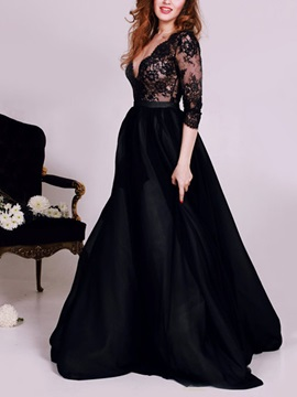 Vintage Deep V-Neck 3/4 Length Sleeves Lace Evening Dress