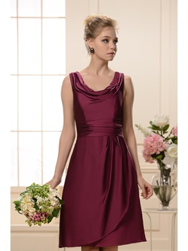 Elegant A-Line Scoop Knee-Length Bridesmaid Dress