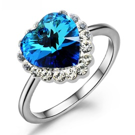 Luxurious Captivating Alloy with Blue Diamond Ring