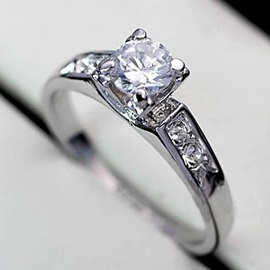 Simple Delicate with Silver Diamond Top Quality Ladys Ring