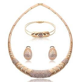 Hollow Out Golden Plated Women Jewelry Set