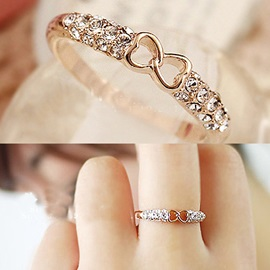 Sweet Hollow Out Bowknot Design Ring