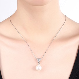 Imitation Pearl Pendant Silver Necklace