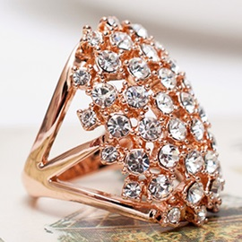 18K Rose Gold Full Rhinestone Hollow-Out Ring